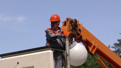 ВИДЕО: Започна големият проект за осветлението в Търговище, подменят над 3000 лампи