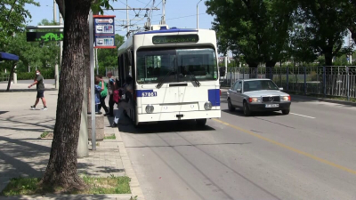ВИДЕО: Общински транспорт - Русе иска половин милион заем за 12 употребявани тролейбуса