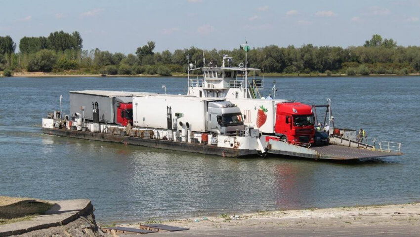 Договорено: Възстановяват ферибота Русе - Гюргево