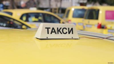 """Общинският съвет в Русе """"развърза ръцете"""" на такситата за поскъпване на цените"""