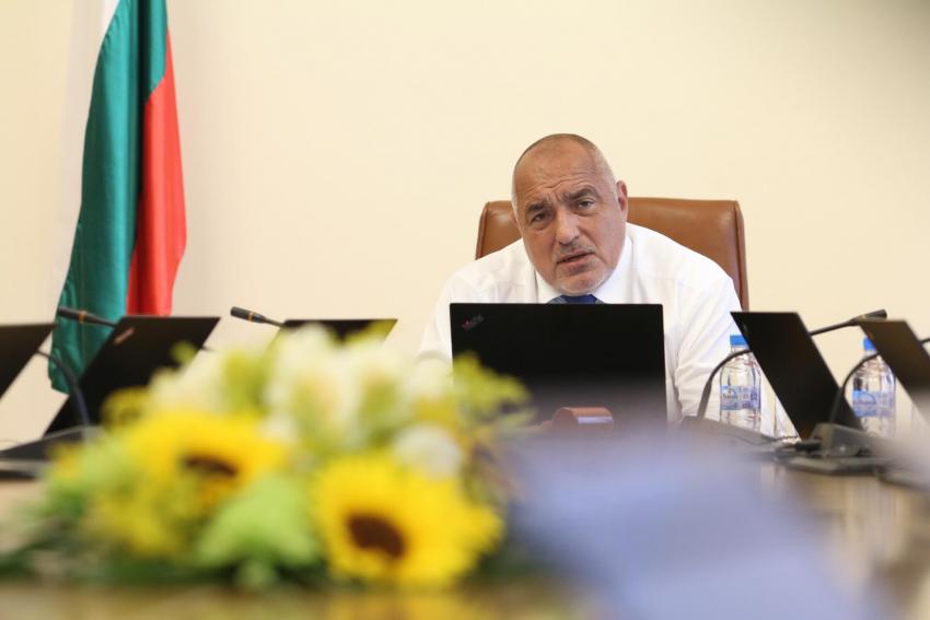 Доклад на Министерство на здравеопазването: България държи успешно епидемията под контрол /ВИДЕО/