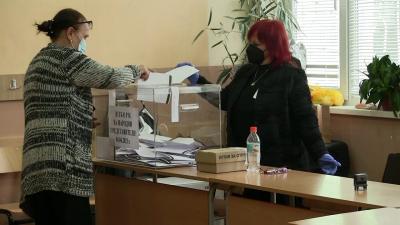 ВИДЕО: След проверка на ЦИК: Кандидат-депутат бил регистриран в три области, едната от тях е Русе