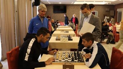 В Русе се провежда първи по рода си шахматен турнир за хора с увреждания
