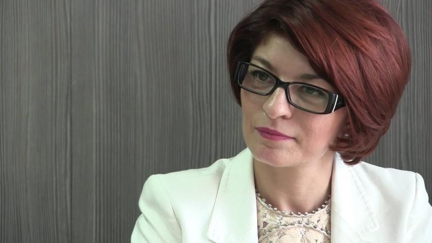 """ВИДЕО: Десислава Атанасова в Русе: Зад """"Има такъв народ"""" стои дългата ръка на ДПС и ДС"""