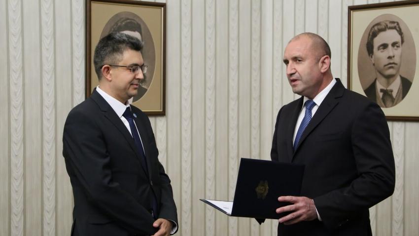 """ВИДЕО: Пламен Николов е номинацията на """"Има такъв народ"""" за министър-председател"""