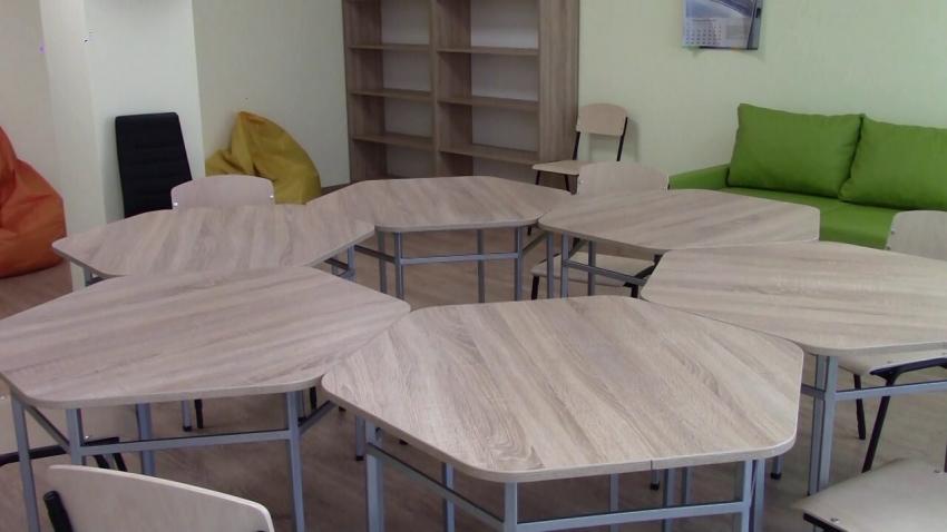 Откриха изцяло обновената сграда на Центъра за работа с деца на улицата в Разград /ВИДЕО/