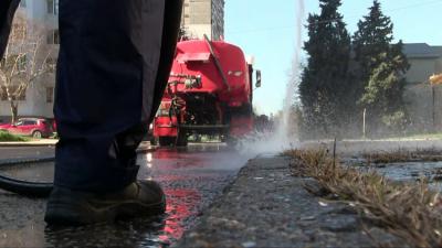 Започва миенето на пътната мрежа в Русе