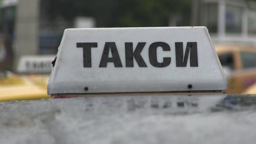 ВИДЕО: Кое налага евентуалното поскъпване на такситата в Русе? Говори браншът