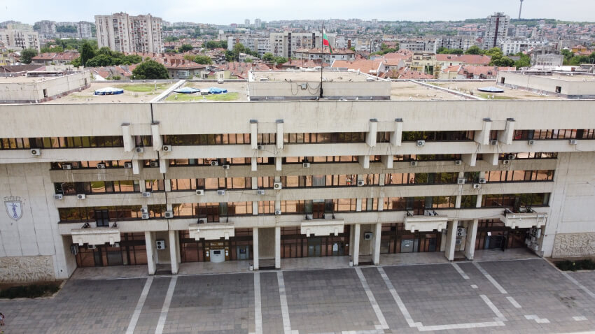 Множество нарушения при обществените поръчки констатират одитните доклади на Община Русе