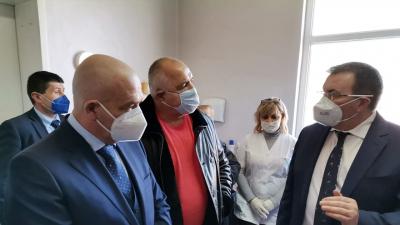 Борисов: Не трябва да има разлика мемжду малки и големи населени места при ваксинацията /ВИДЕО/