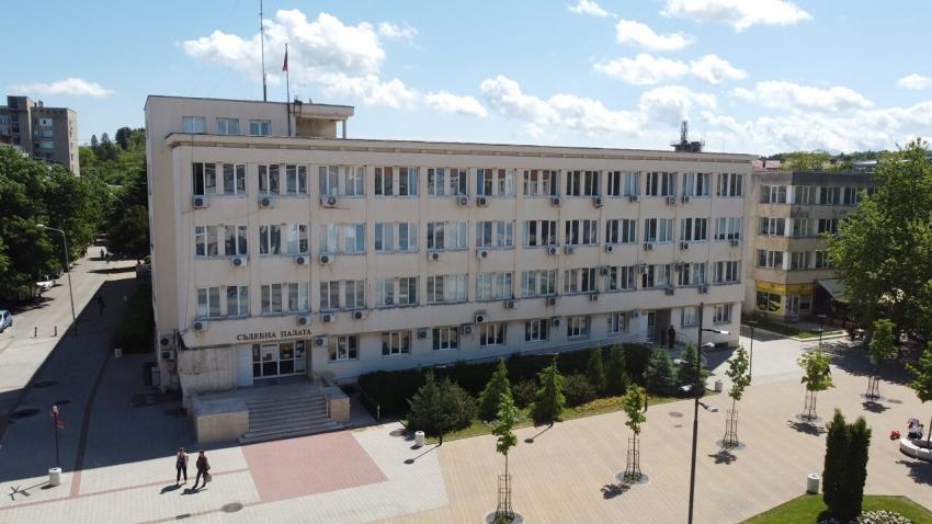 Съдът в Търговище остави под стража обвиняемия за убийство в Драгановец