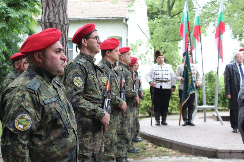 Русе почете паметта и делото на Ботев и загиналите за Свободата на България /ВИДЕО/
