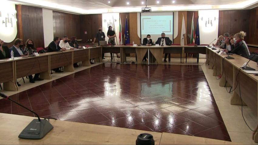 Партиите и коалициите в Русе отново не се разбраха за ръководството на РИК /ВИДЕО/