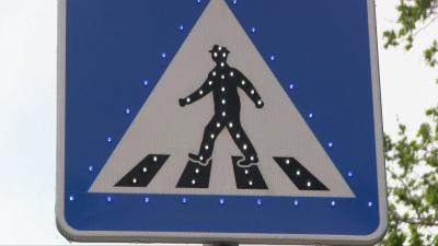 Светещи знаци вече ще заострят вниманието на шофьорите в Бяла /ВИДЕО/