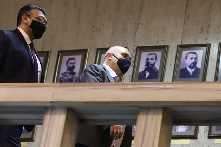 Арестуваха началниците за борбата с наркотрафика в ГДБОП, директорът подаде оставка /ВИДЕО/