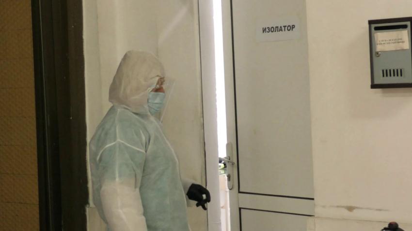 Болницата в Попово е на предела на възможностите си, COVID-леглата свършиха /ВИДЕО/