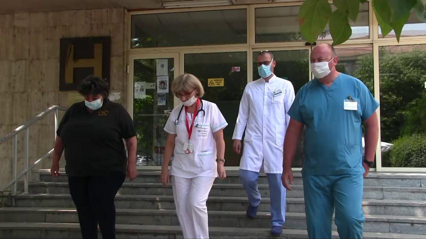 """Лекари в УМБАЛ """"Канев"""" спасиха човешки живот с уникална за Русе манипулация /ВИДЕО/"""