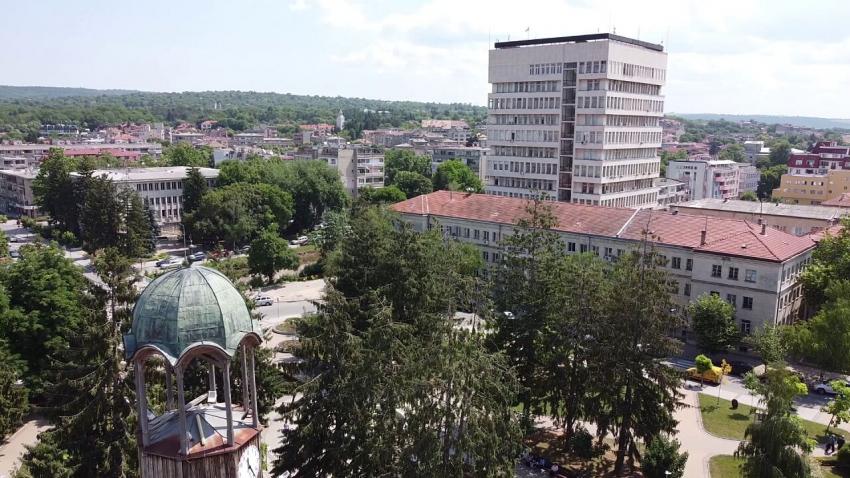 ВИДЕО: Започна подготовката за предстоящото заседание на Общински съвет - Разград