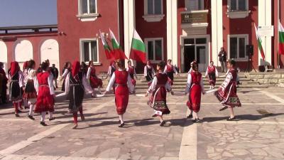 143 години Свободна България: Как отбеляза празника Две могили /ВИДЕО/