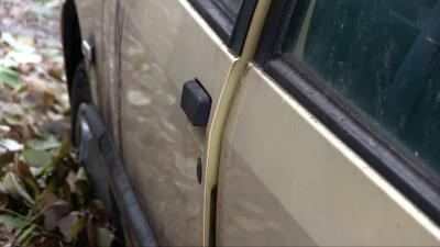 Община Русе вече е набелязала за премахване 84 изоставени автомобила /ВИДЕО/