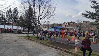В Бяла откриха нов стрийт фитнес и направиха първа копка на ново футболно игрище
